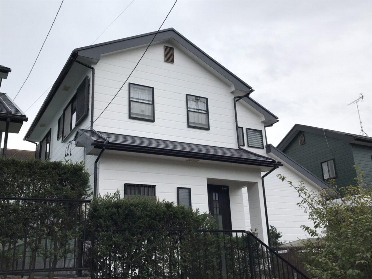 多治見市で白系のシリコン塗料で屋根外壁塗装をおこないました