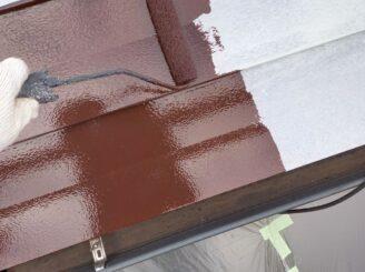 多治見市で屋根外壁塗 屋根中塗り塗装