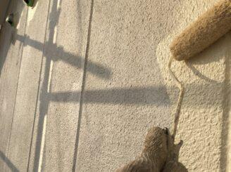 多治見市で屋根外壁塗 外壁中塗り塗装