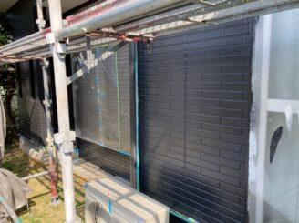 春日井市で屋根外壁塗り替え塗装 外壁中塗り
