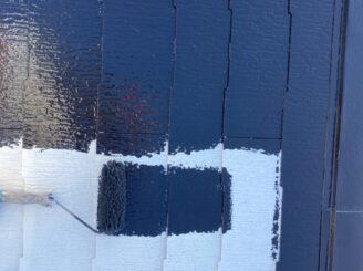 犬山市で屋根外壁塗装 屋根中塗り塗装