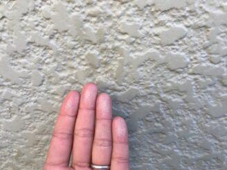 春日井市で外壁塗装 外壁にチョーキング現象