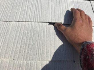 多治見市で屋根外壁塗装 屋根の塗り替え タスペーサーを取り付け