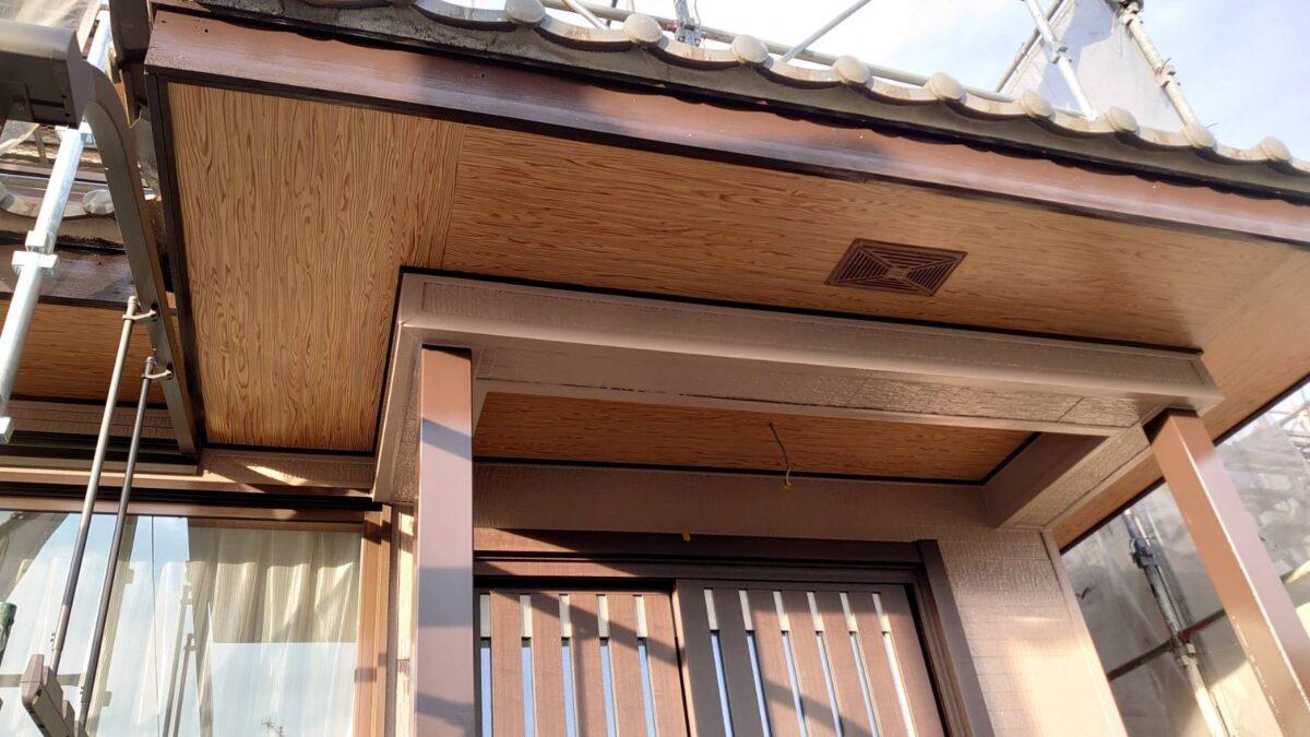 多治見市 玄関上の天井の張り替え 大工工事