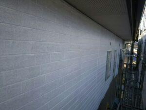 中津川市、外壁の下塗り2回目塗装完了