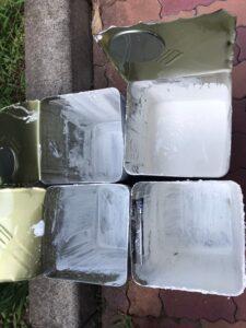 恵那市大井町、使用後の下塗り塗料缶