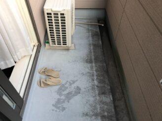 春日井市で屋根外壁塗装 ベランダ内部塗り替え前写真