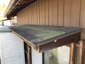 多治見市でトタン屋根の塗装 施工前写真