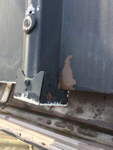 恵那市岩村町、板金の塗膜剥離