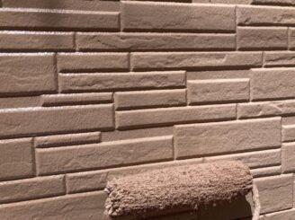 瑞浪で外壁の塗り替え塗装 外壁の上塗り塗装