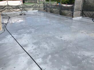 土岐市で外壁塗装塗り替え前 屋上バイオ洗浄