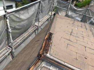 可児市で屋根はガルバカバー工法 外壁は塗り替え 屋根下地 腐食