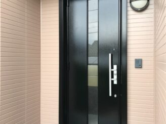 土岐市で外壁塗装 外壁塗り替え塗装工事 フッ素塗料 棟板金塗装 玄関ドア塗り替え 門扉塗り替え