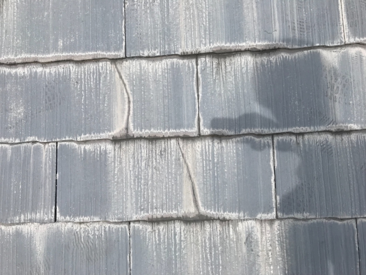 多治見市 瑞浪市 屋根 棟板金 釘抜け くぎ抜け 板金浮き 塗膜剥離 亀裂