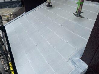 土岐市 瑞浪市 屋根外壁塗り替え塗装工事 屋根塗膜の剝がれ 色の退色 フッ素塗料 棟板金 屋根中塗り塗装 錆止め