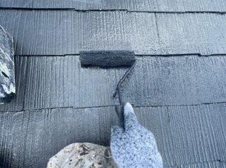 土岐市 瑞浪市 屋根外壁塗り替え塗装工事 屋根塗膜の剝がれ 色の退色 フッ素塗料 棟板金 屋根上塗り塗装 錆止め
