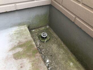 土岐市でベランダ防水工事 外壁塗装 リボール式 苔発生 ベランダ防水機能低下 汚れ